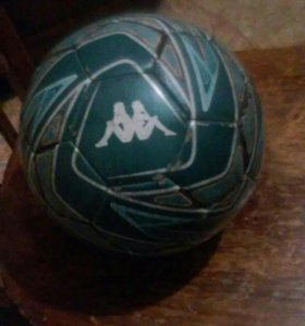 Футболтный мяч