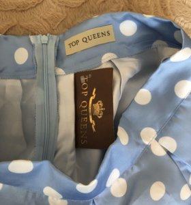 Юбка и два платья