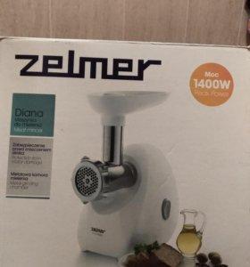 Электрическая мясорубка Zelmer Diana 1400 W