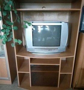 Телевизор,полка