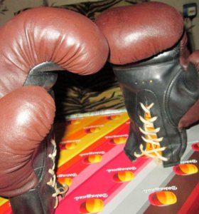 Перчатки боксерские (кожаные)