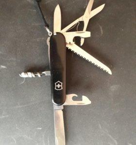 Нож перочинный Victorinox Huntsman