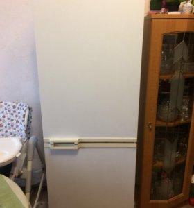 Холодильник Атлант 130