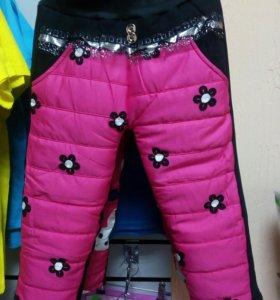 Теплые штанишки на девочку.