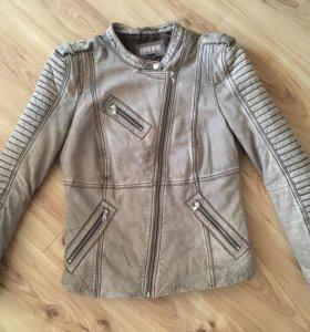 Утеплённая Кожаная куртка mandarin. Новая.