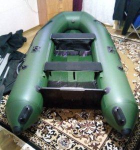 Лодка пвх Пилот м320 новая