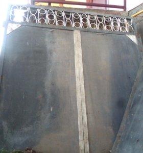Двухстворчатые ворота с калиткой