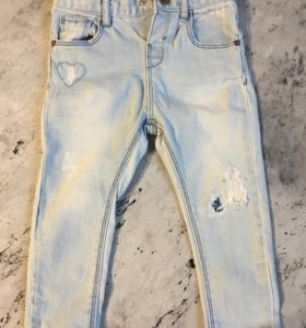 Светлые джинсы Zara на девочку 92
