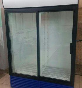 Холодильник двух двернуй