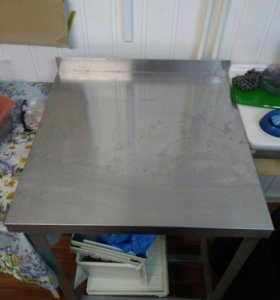 Продаю столы