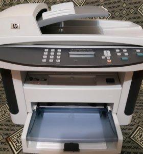 МФУ HP LaserJet m1522n