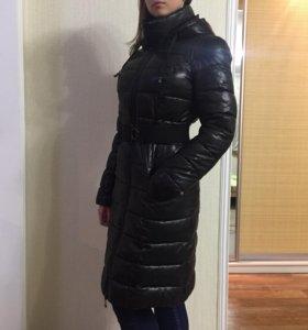 Пальто- пуховое имеет капюшон 🌺(без торга)