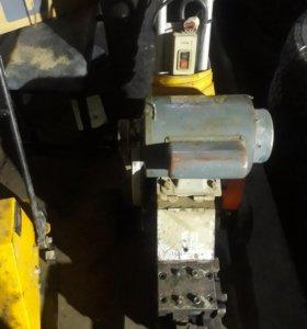 станок для рубки арматуры КМС-25W