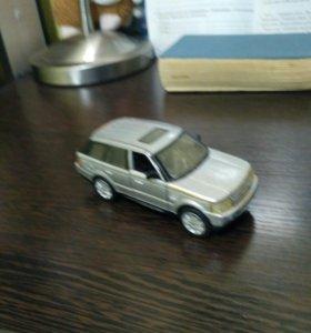 Моделька Range Rover Sport