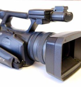 SONY HANDUCAM HDR-FX -1000E.