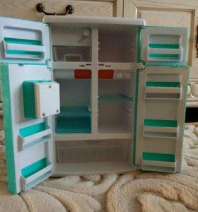 Холодильник детский, на батарейках.