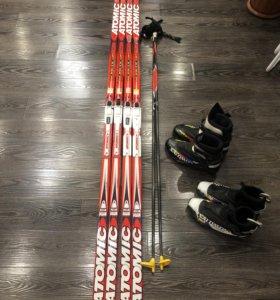Лыжи беговые и ботинки , палки