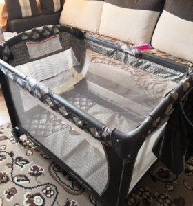 Детский манеж-кровать Baby Trend Trend Monkey Aro