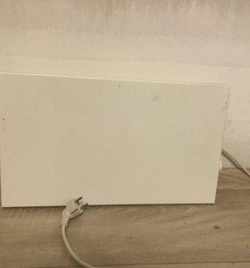 Настенный электрический обогреватель