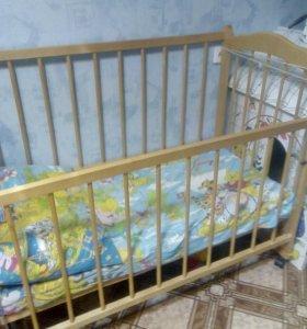 Недорого Детская кроватка