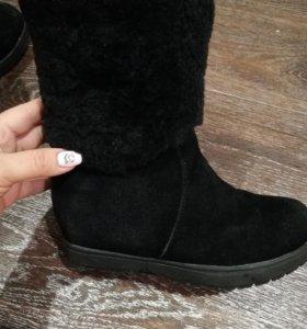 Замшевые натуральные ботинки, размер 35