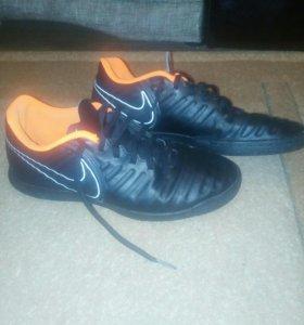 Мини футбольные бутсы Nike Темпо X