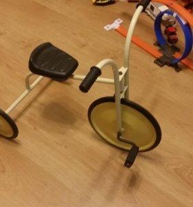 Рэтро велосипед детский трехколесный.