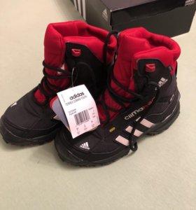 Детские зимние непромокаемые кроссовки Адидас ориг