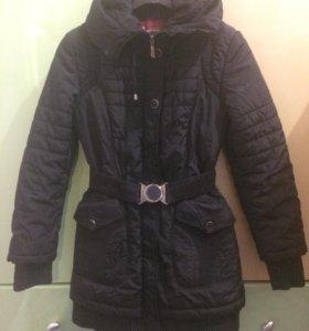 Зимняя куртка 44 разм