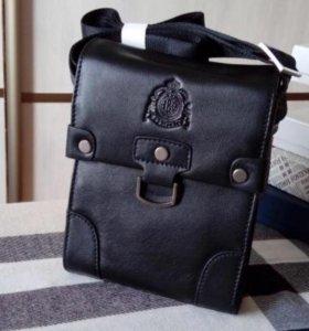 Фирменная мужская кожаная сумка