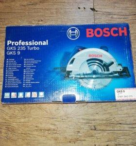 Циркулярная пила Professional GKS 235 Turbo