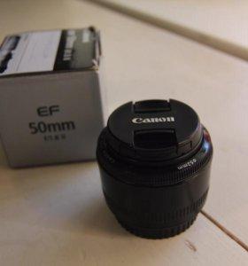 Портретный объектив Canon EF 50mm f/1.8 II