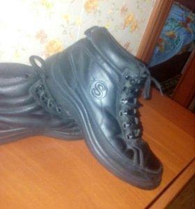 Ботинки зимние 39 р-р