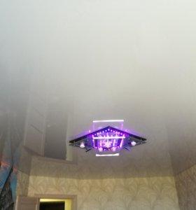 Глянцевые натяжные потолки с монтажом