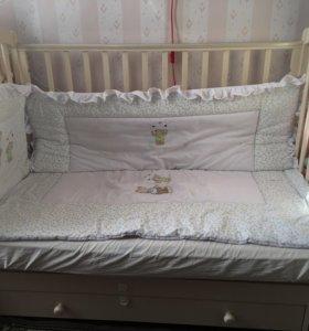 Кроватка детская и комод Гандылян