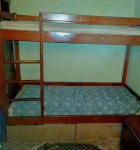 Двухъярустная кровать