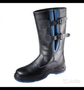 Зимние кожаные сапоги 42 размер