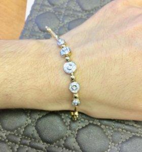 Элегантный золотой браслет с бриллиантами