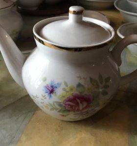 Чайник фарфоровый