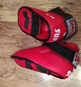 Защитная обувь для борьбы