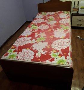Продам кровать (1,5-спальная)