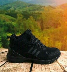 Новые зимние кроссовки Adidas р. с 40 по 45