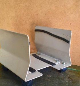 Подставка под компьютер металлическая.