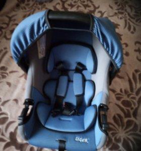 Авто кресло люлька