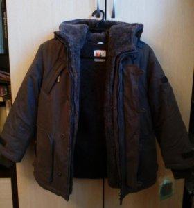 Куртка для мальчика .подстежка иск.мех,