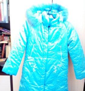 Пальто зимнее на синтепоне для девочки.