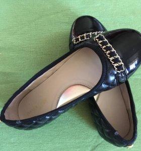 Кожаные стёганные туфельки размер 34