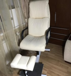 Педикюрное кресло (педикюрная группа)
