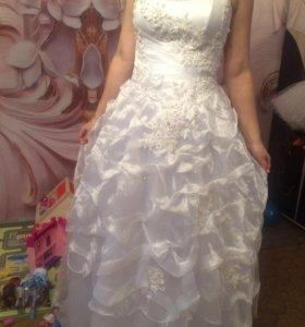 Нежное платье для красивой невесты