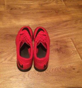 Оригинальные футзалки Nike Hypervenom+
